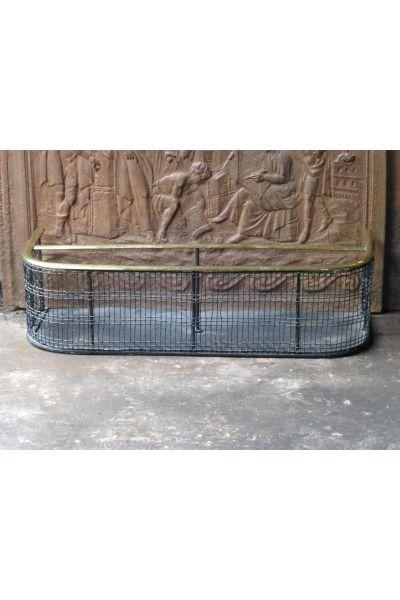 Antiker Kaminschutzgitter aus 33,154,155