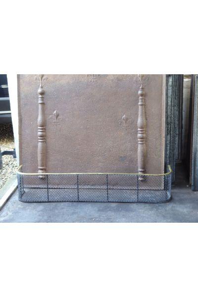 Viktorianischer Kaminschutzgitter aus 16,154