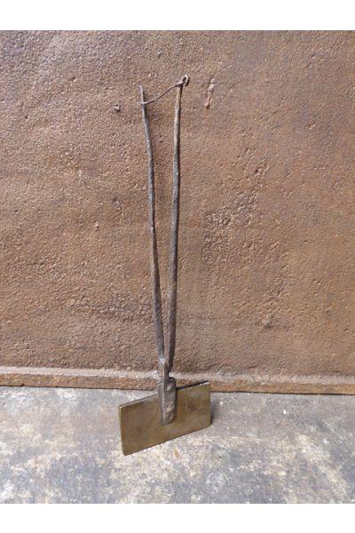 Antikes Waffeleisen (Schmiedeeisen und Messing) aus 15,16