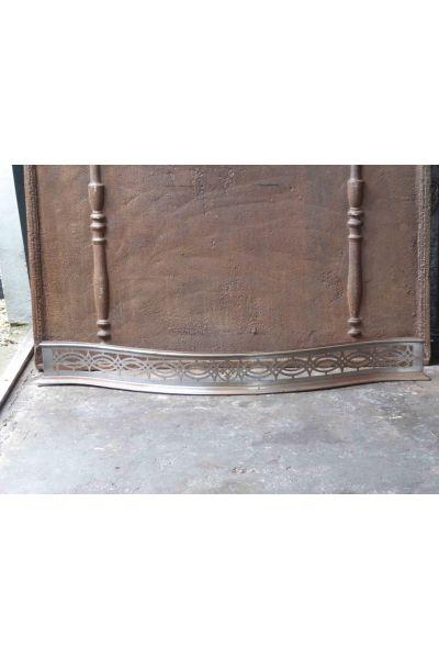 Viktorianischer Kaminvorsatz aus 32
