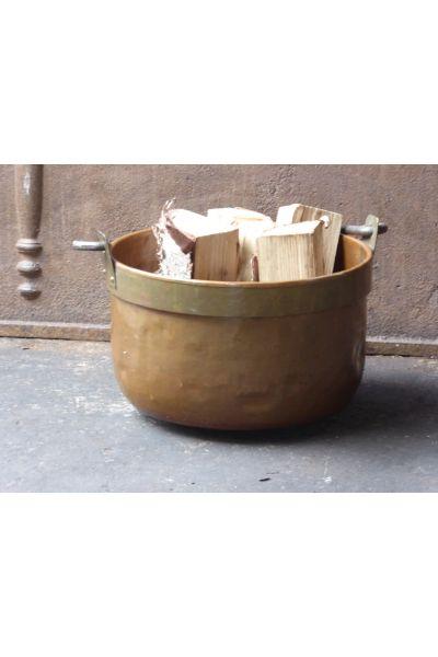 Antiker Kaminholzkorb aus 15,16,31