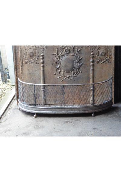 Viktorianischer Kaminschutzgitter aus 154,155