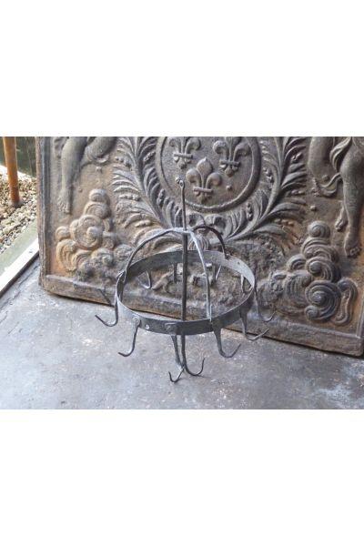 Antiker Aufhänger für Fleisch aus 15