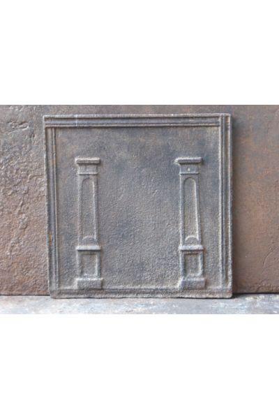 Neoklassische Ofenplatte aus 14