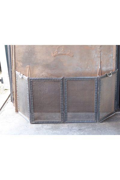 Antikes Französisches Funkenschutzgitter aus 16,154,155